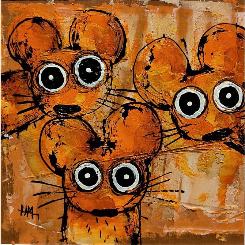 Trio de souris sur fond orange